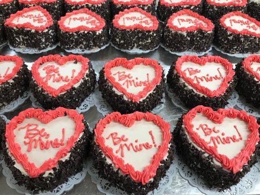 Valentine's Day Cake | Jeanne's Bakery