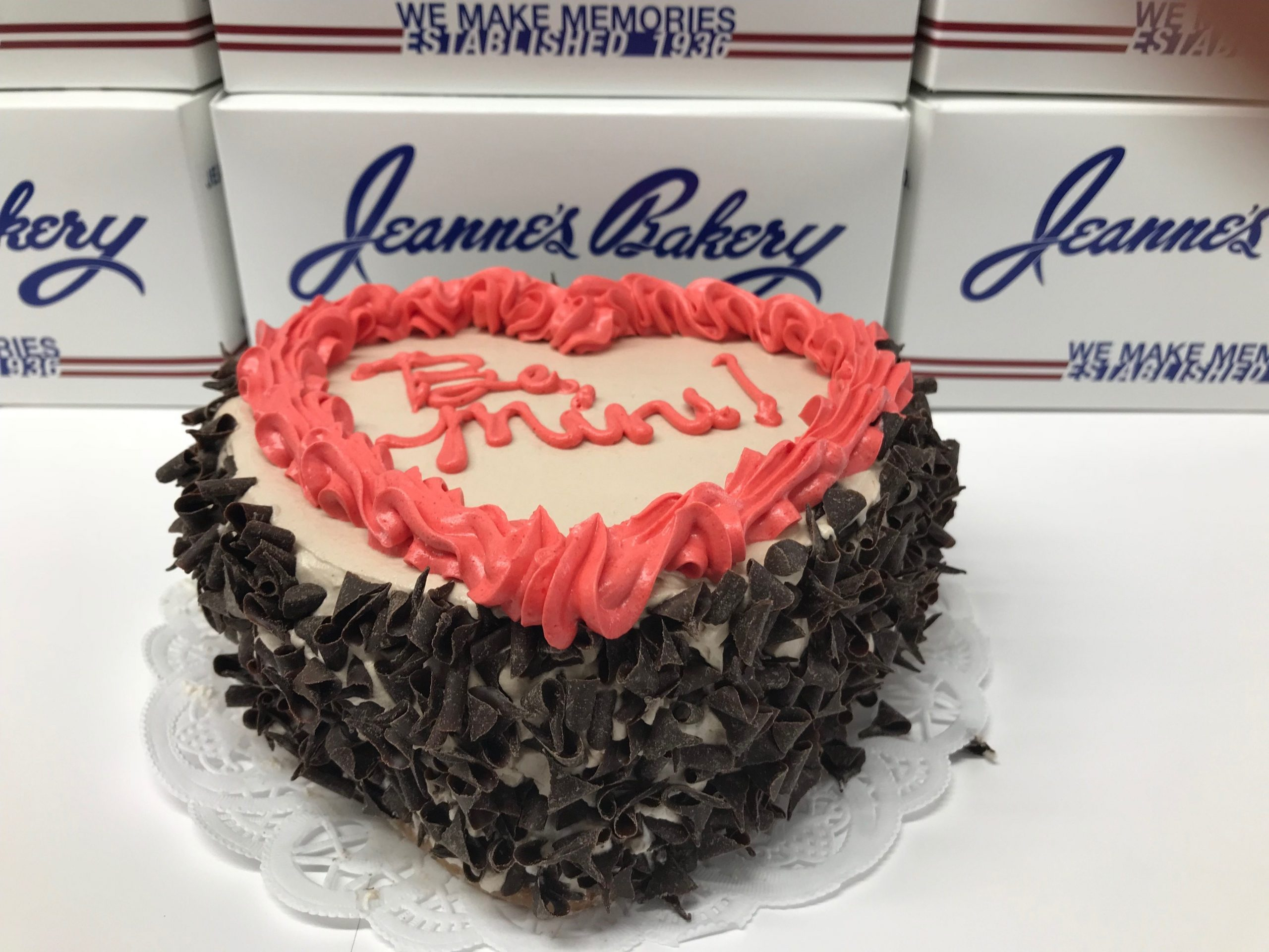 Valentine's Heart Cake | Jeanne's Bakery